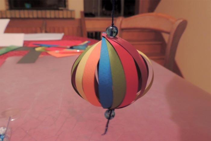 Activité Manuelle À Faire Seul Par Un Enfant : Le Lampion