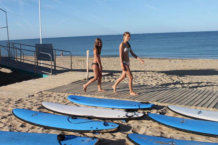 Préparation pour une séance de surf