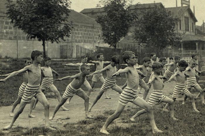 Gymnastique en colonie de vacances