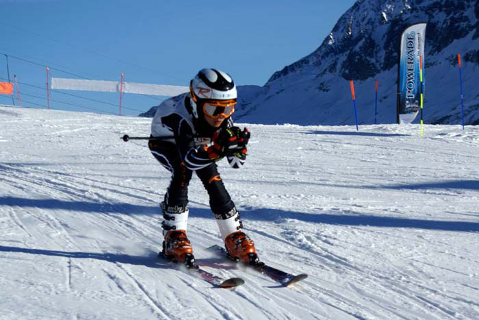 /theme/Apprentissage du ski en colonie de vacances